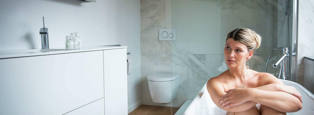 Renoconcept, dé specialist in badkamerrenovatie levert tegen de beste prijskwaliteitsverhouding. Maak een afspraak!